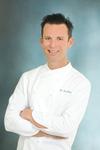 Chef_bradleyhi_res6x9_final_807